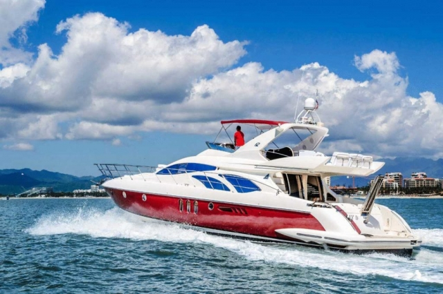 Azimut  Luxury 62